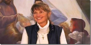 La fille du oui à Jésus, nom donné par Jésus pour représenter tous ses enfants qui donnent leur oui aussi à Jésus. Son nom de baptisée, est Francine Bériault, que j'ai eu la chance de voir en personne 7 fois !!!